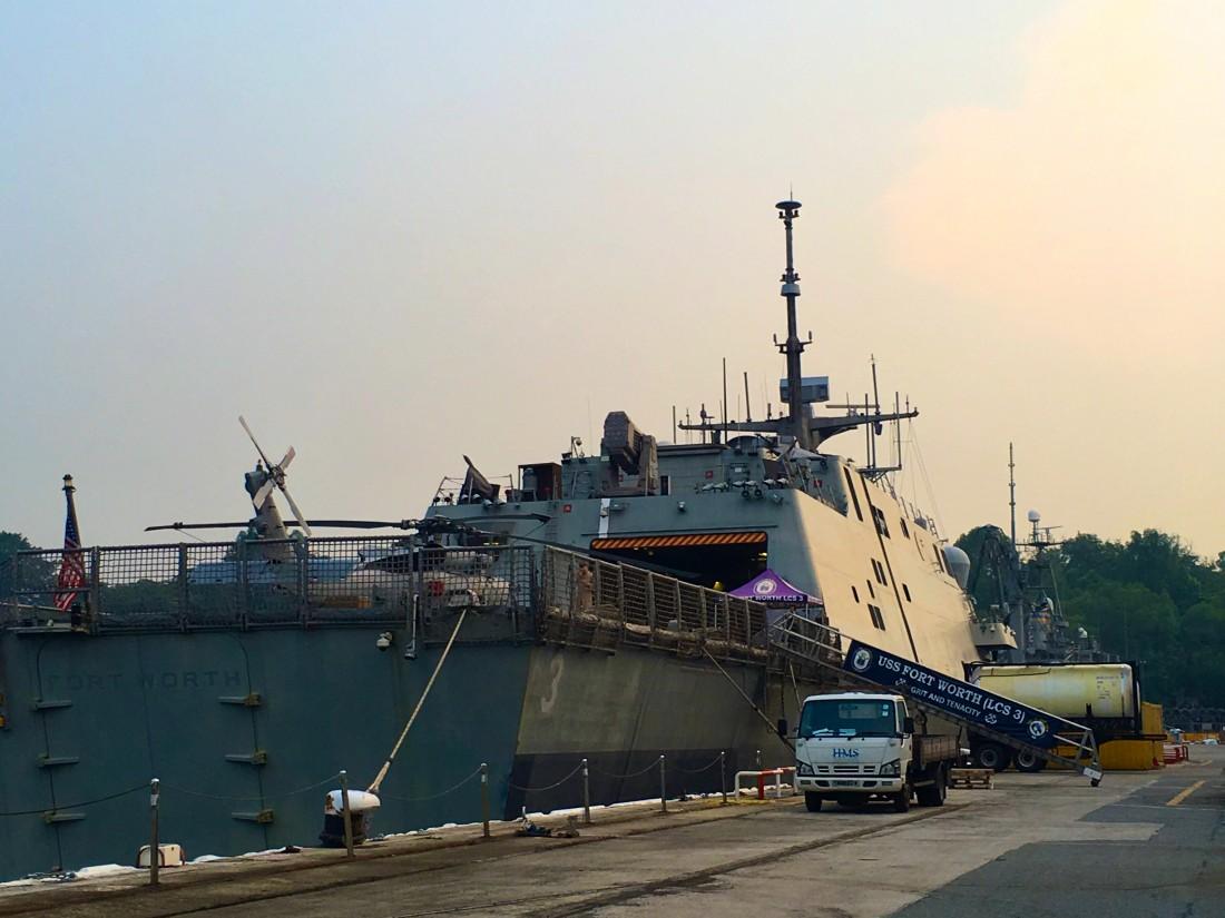 The USS Fort Worth anchored at Sembawang